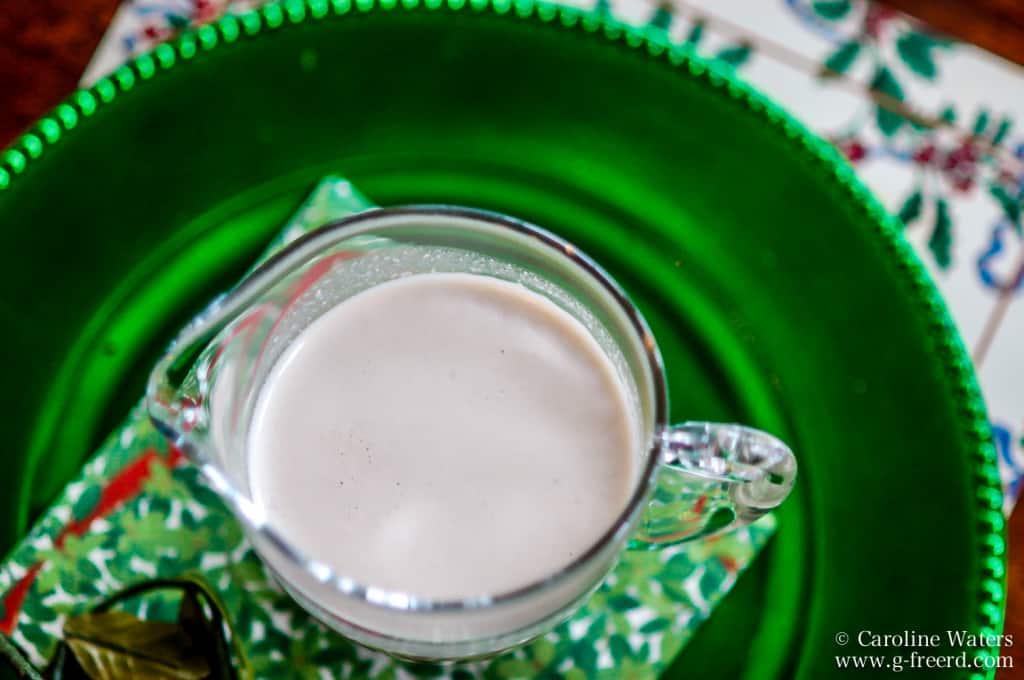 Make Your Own: Vanilla Almond Milk (V)