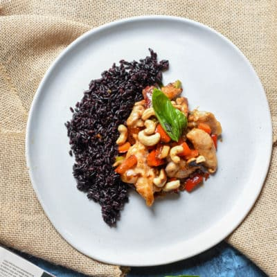 Sunbasket's Gong Bao Chicken with Cashews and Black Rice