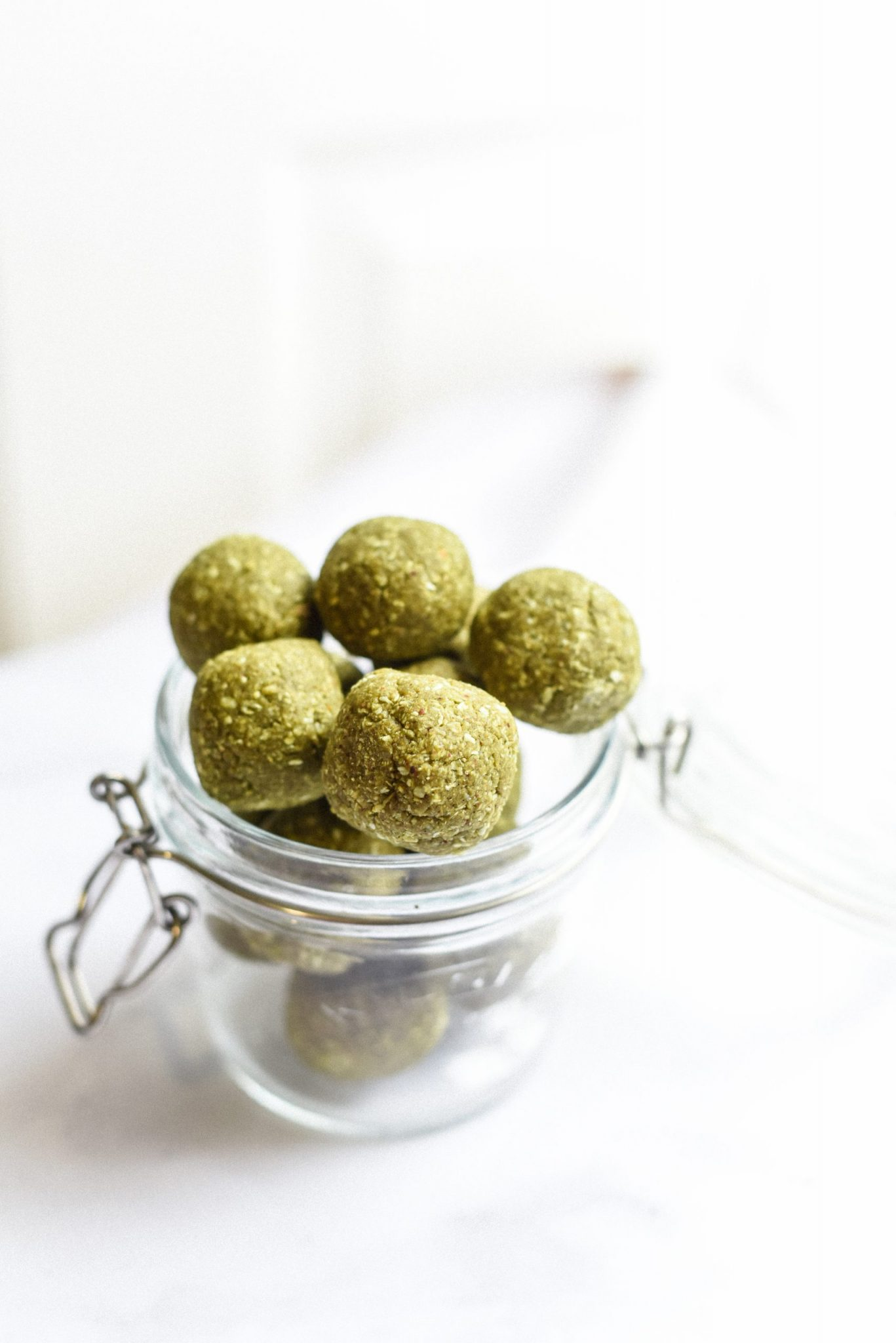 matcha-green-tea-energy-bites