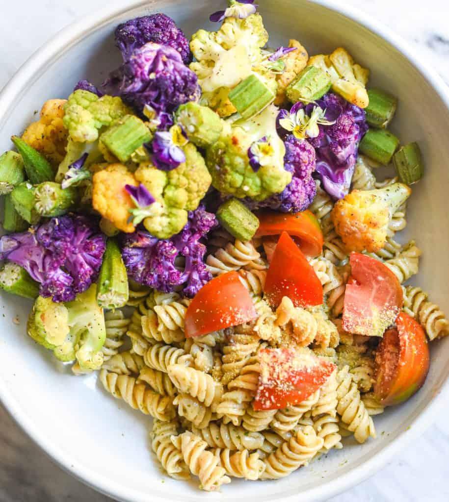colorful-vegan-pasta-cauliflower