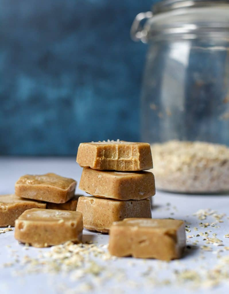 maple-cashew-fudge-chews