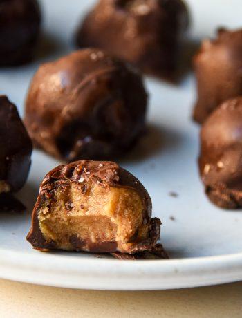 salted caramel date truffles